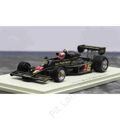 Mario Andretti_1976_Lotus_77