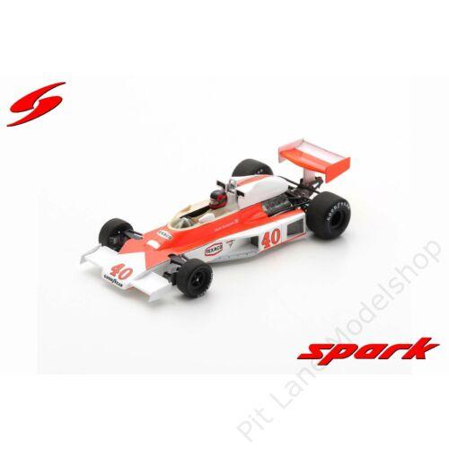 Gilles Villeneuve_1977_McLaren_M23